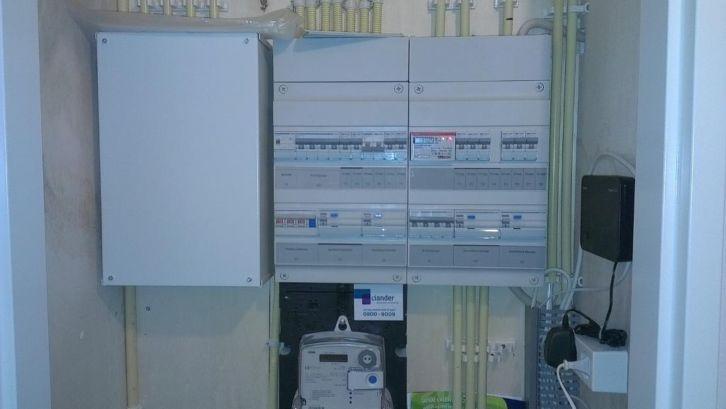 Meterkasten vervangen of groepenkast uitbreiden?